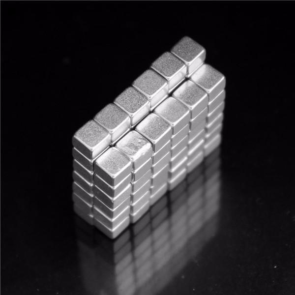 100pcs 4x4x3mm N50 Strong Mini Block Magnets Rare Earth Neodymium Magnets