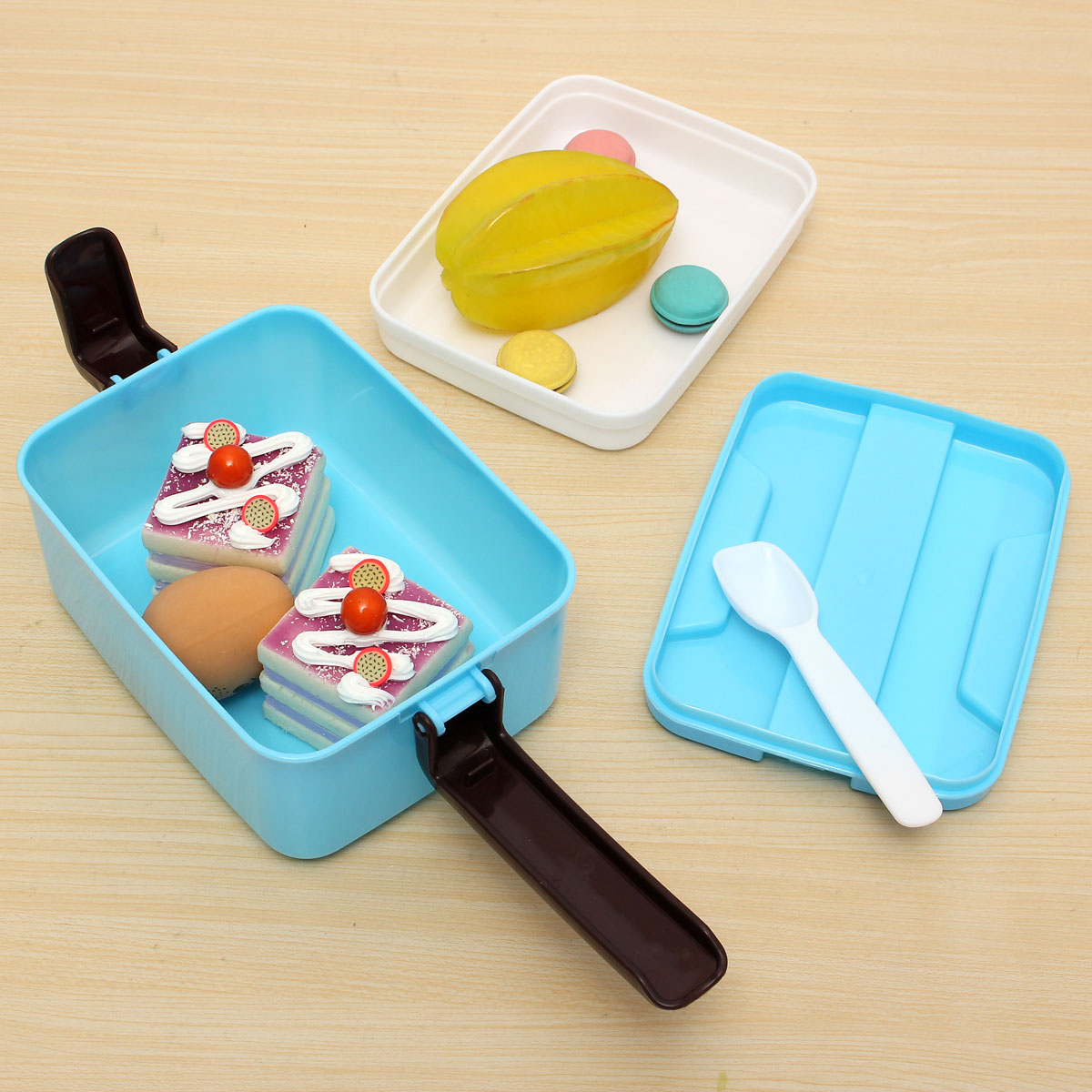 separated portable bento lunch box food storage containers. Black Bedroom Furniture Sets. Home Design Ideas
