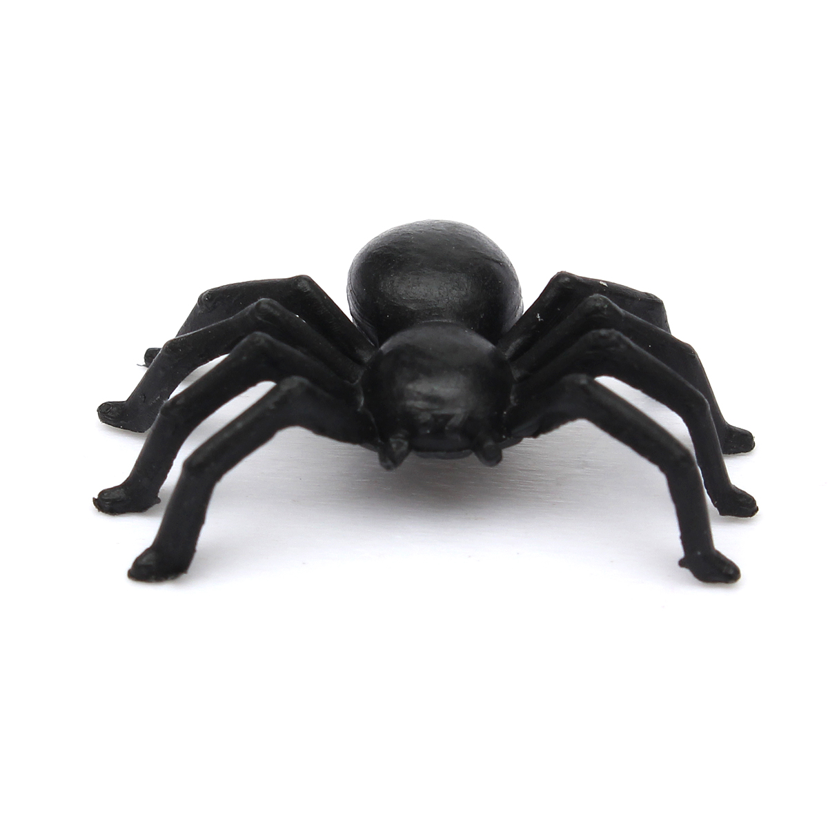 50pcs Halloween Plastic Spiders Spider Funny Joking Toy Decoration