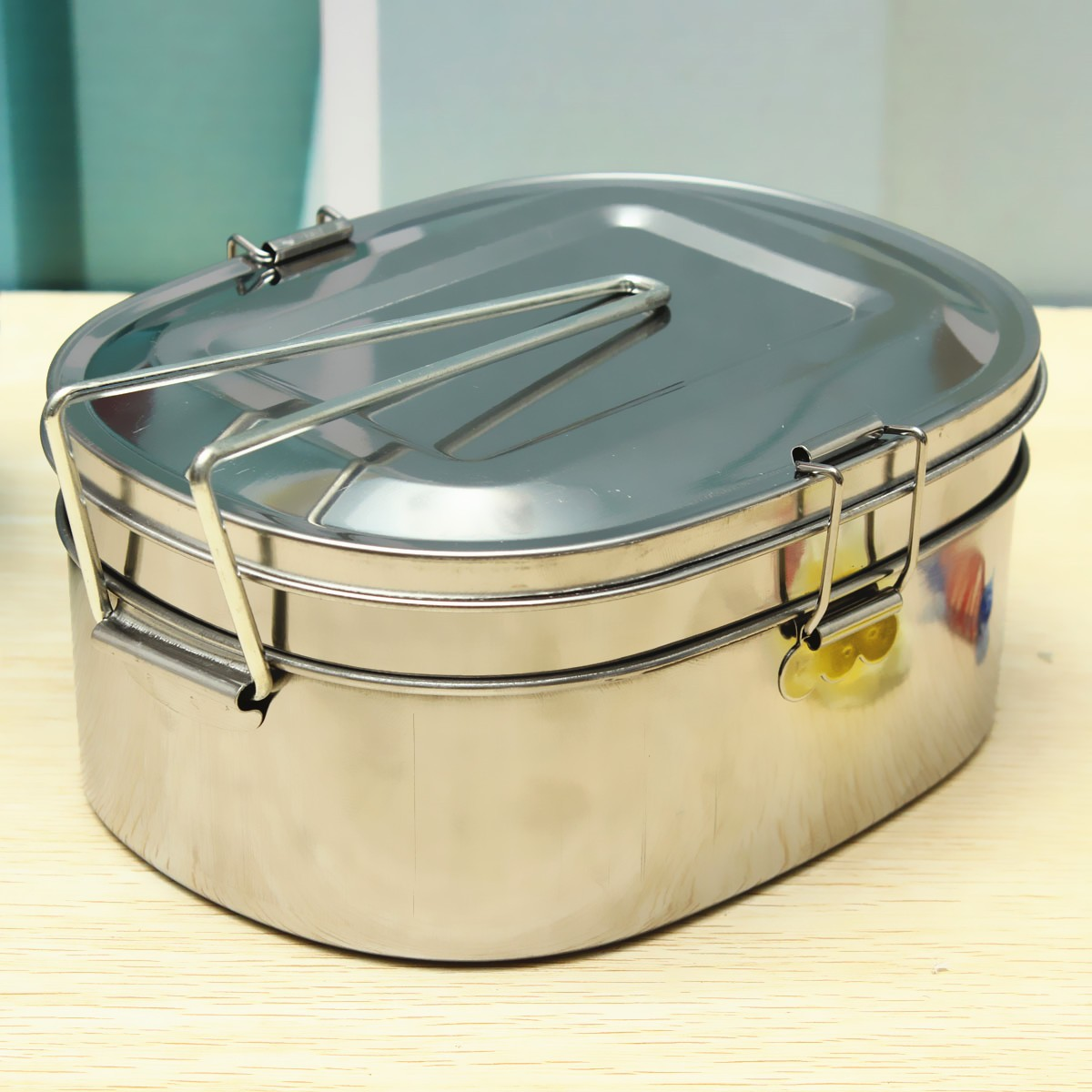 large stainless steel student oval case bento lunch box food container 2 layers lazada malaysia. Black Bedroom Furniture Sets. Home Design Ideas